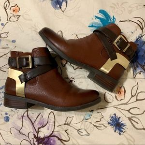 BCBGeneration Reddish Brown Leather Booties NWOT